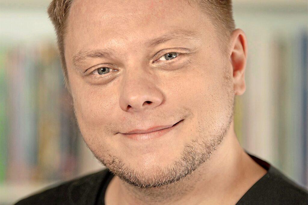 Michael Holtschulte erhält den Bürgerpreis in der Kategorie Kultur.