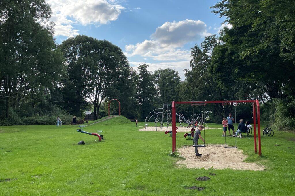So sieht der Spielplatz am Sandweg aktuell aus.