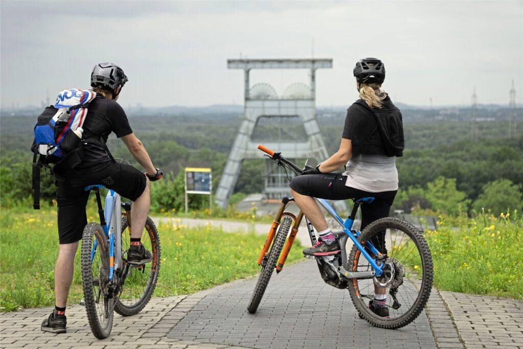 Seit Kurzem kann man im Besucherzentrum Hoheward auch E-Mountainbikes ausleihen.